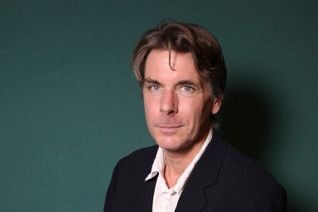 Photo of writer Robin Brooks